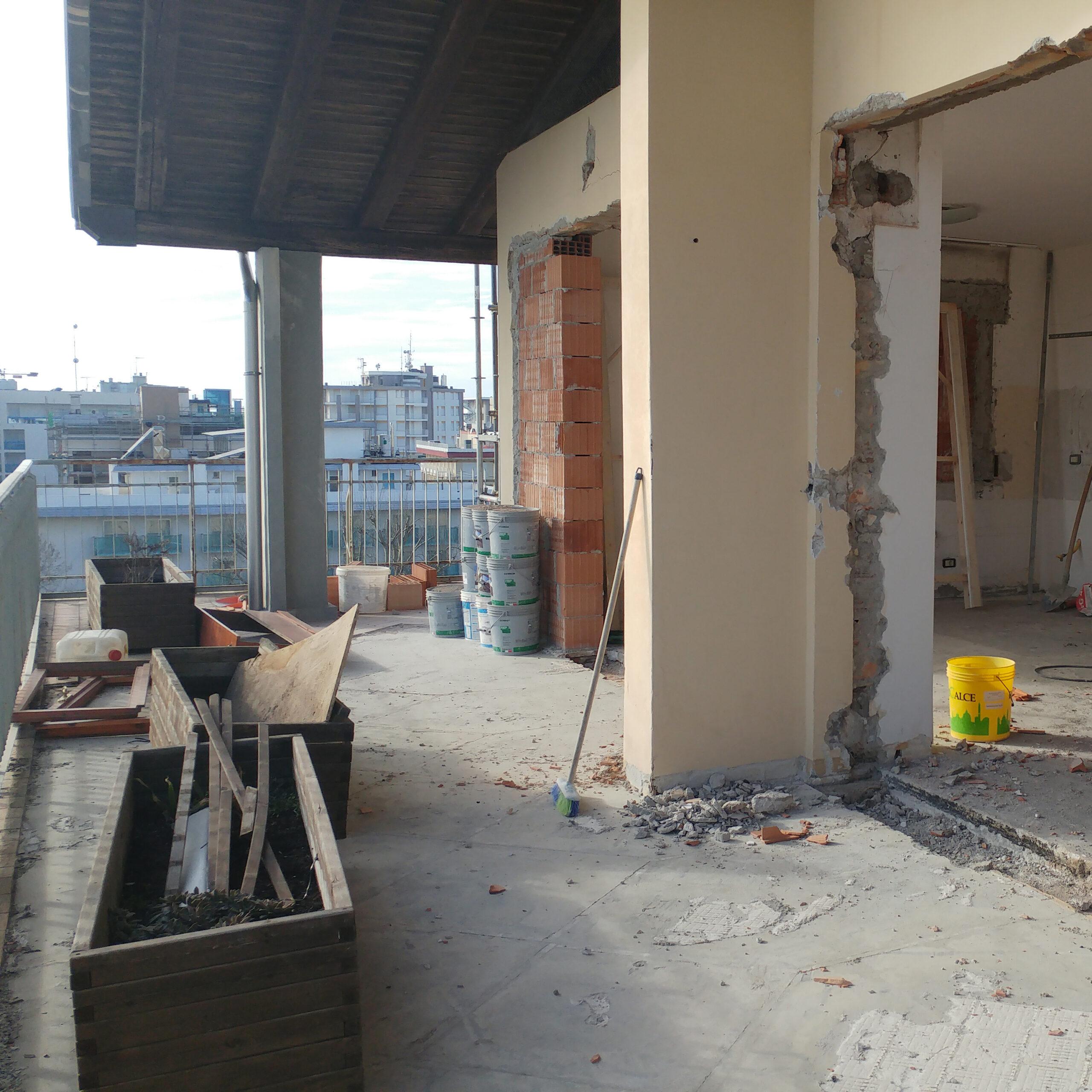 Ristrutturazione - Attico SL Cantiere Creattivo zona giorno 02 durante lavori QUADRATO